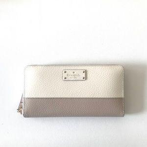 NWT | Kate Spade ♠️ cream color block wallet
